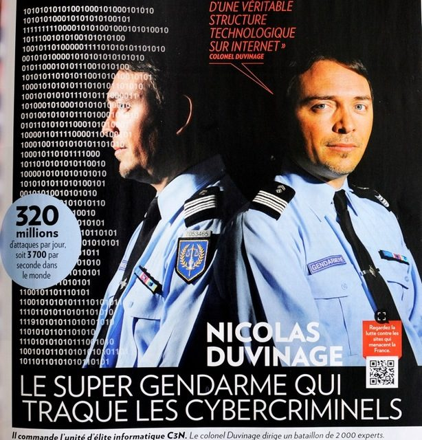 """Nicolas DUVINAGE, """"Le super gendarme qui traque les Cybercriminels"""". """"PARIS MATCH"""" du 2 au 8 juin 2016"""