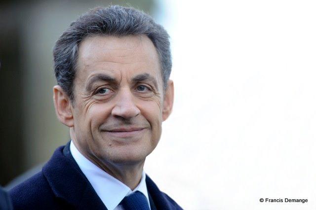Nicolas Sarkozy célèbre le 600e anniversaire de la naissance de Jeanne d'Arc.