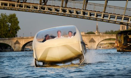 Le Sea Bubble entre en Seine