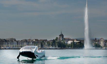 Le SeaBubble sur les rives de Genève en Suisse.